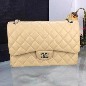 Chanel Classic flap Check description